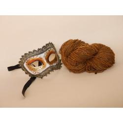 écheveau d'art artisanal fantaisie filé au rouet